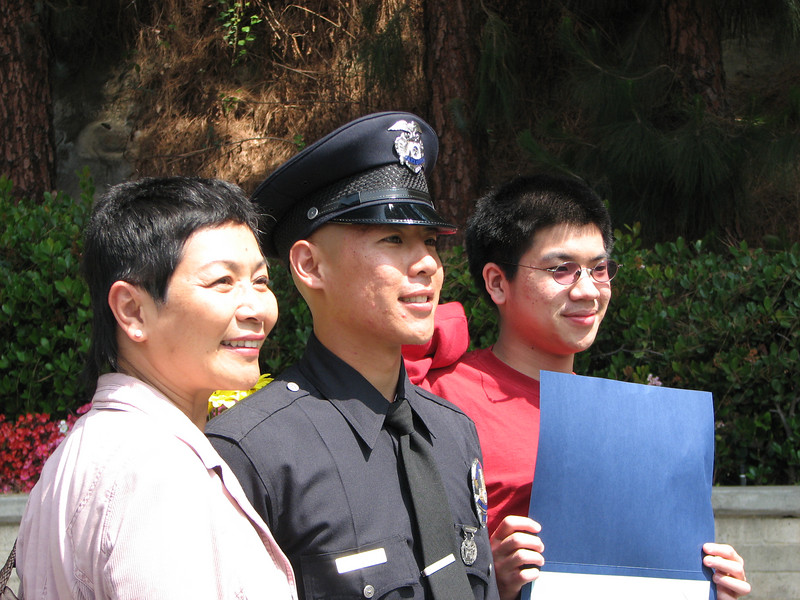 2007 05 25 Fri - Mama, Allen, & Brother Hsiao