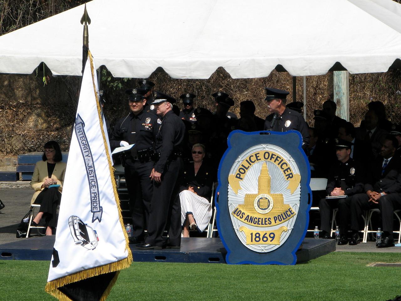 2007 05 25 Fri - LAPD flag & shield