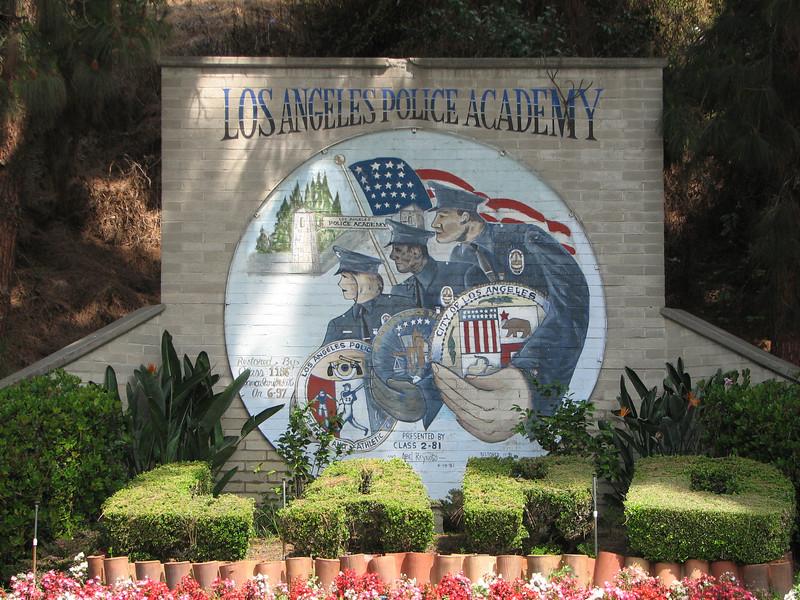 2007 05 25 Fri - LAPD Police Academy mural