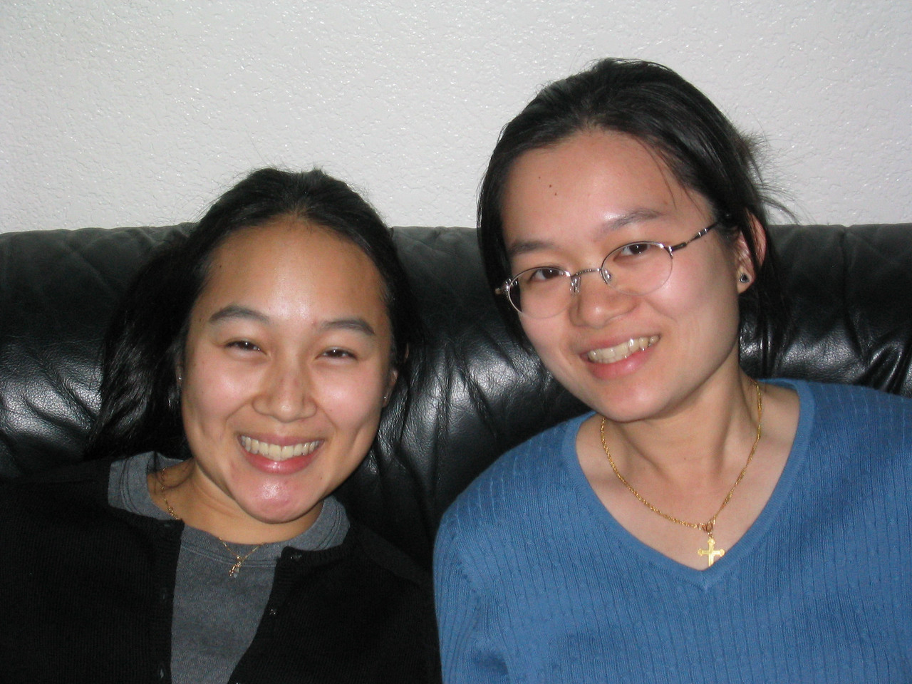 Melissa Lin & Christine Louie closer up