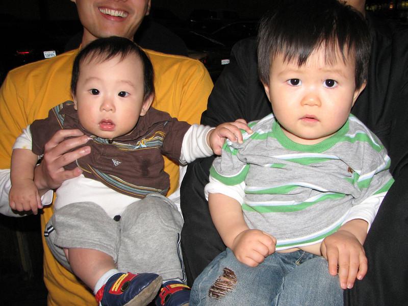 2008 05 24 Sat - Carter Tsai's got Joshua Huang's back