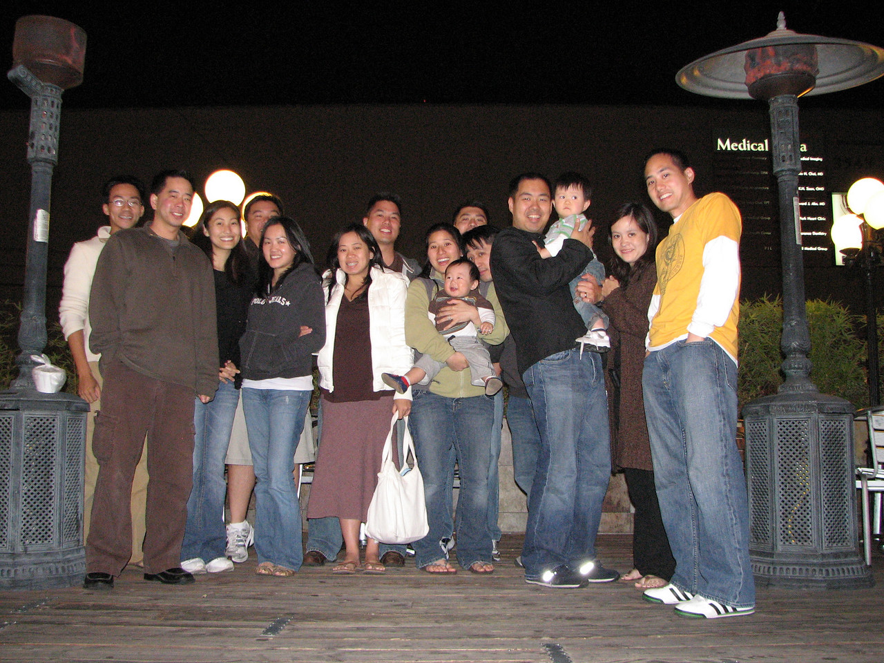 2008 05 24 Sat - Group photo - Bernice Chen visits L A