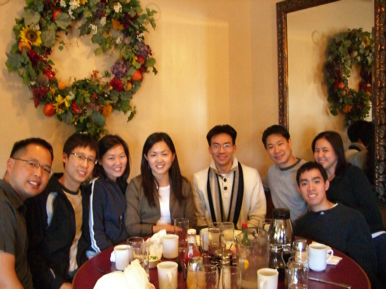 2006 03 25 Sat - Bernice Chen's Spring Break visit to NorCal - Group photo