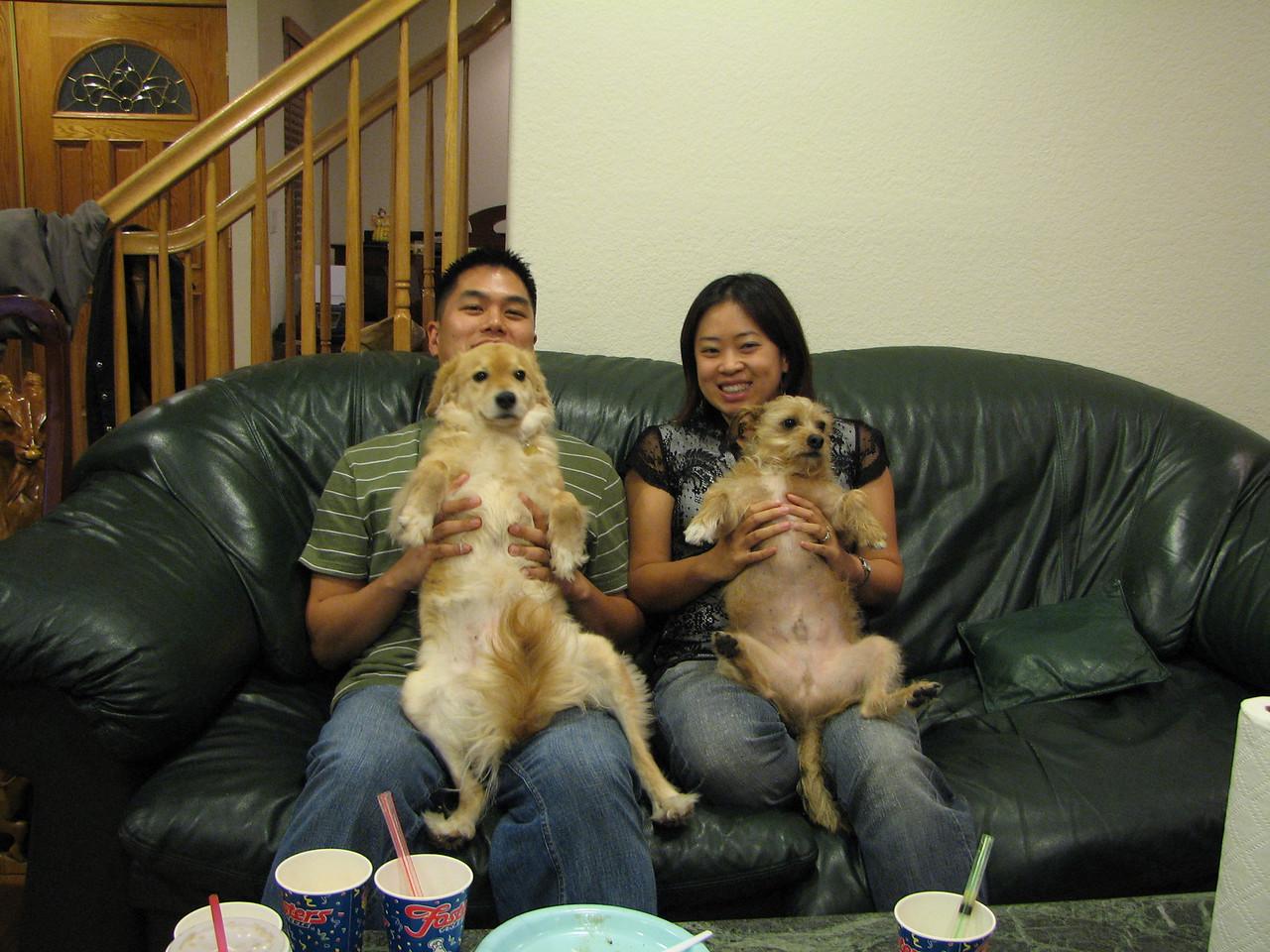 2006 11 23 Thu - Johnny, Julie, Lady, & Benji Chen