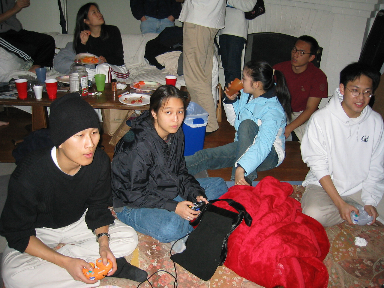 2002 12 14 Saturday - Group pic of gamers