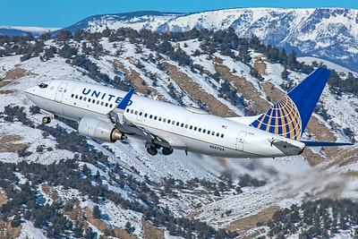 United Airlines Boeing 737-724 N14704 1-8-21