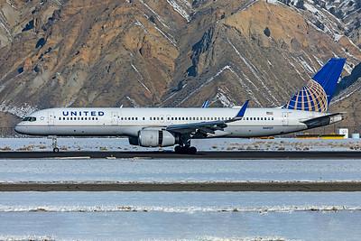 United Airlines Boeing 757-224 N48127 1-8-21