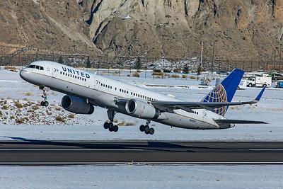 United Airlines Boeing 757-224 N48127 1-8-21 3