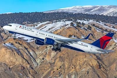 Delta Air Lines Boeing 757-232 N685DA 1-8-21