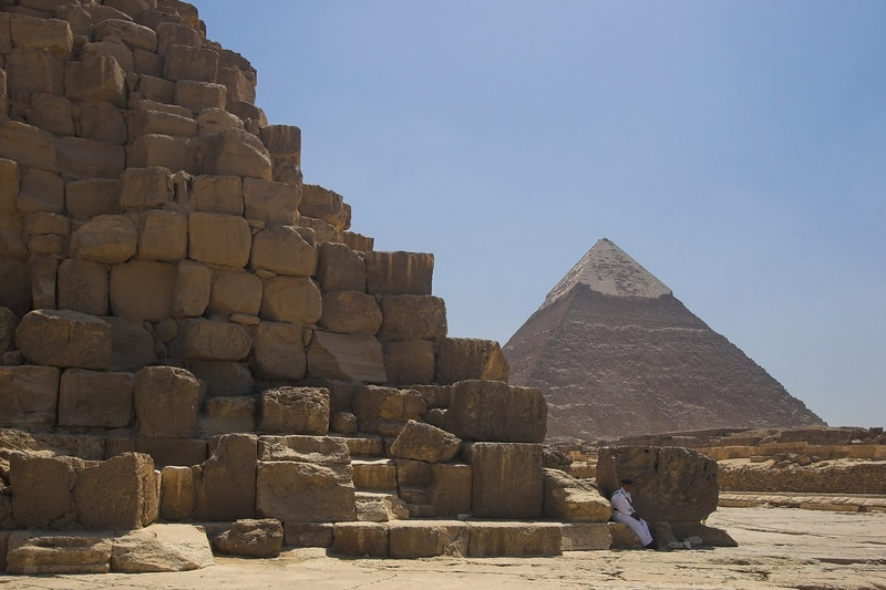 Guarding the Great Pyramid<br /> Pyramid of Khafre (Chephren) in Background