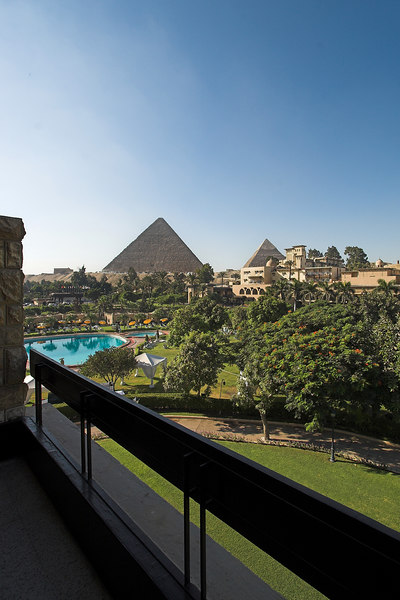 The Mena House Oberoi<br /> Pyramid View Room