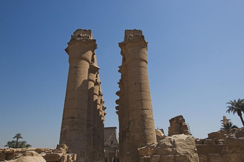 Collonade<br /> Luxor Temple