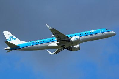 KLM Cityhopper Embraer 190-100STD PH-EXB 9-27-15