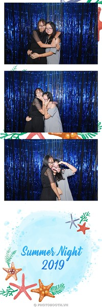 EIS-Summer-Night-instant-print-photo-booth-in-anh-lay-lien-WefieBox-photobooth-Vietnam-051