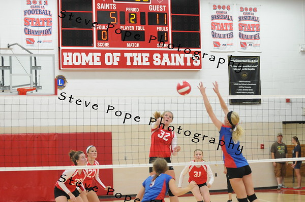 Daria Jorgenson goes for the kill against Decorah on Tuesday, September 2, 2014. (EJ Photo/ Colby Fossey)
