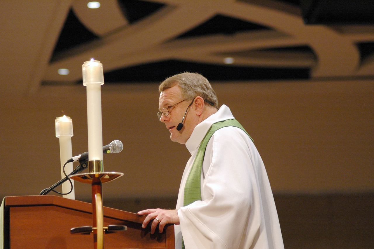 Bp Roy Riley (New Jersey) preached at Sunday's worship service.