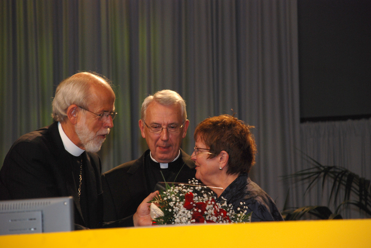 Servus Dei medal presentation to the Rev. Lowell G. Almen, ELCA secretary.