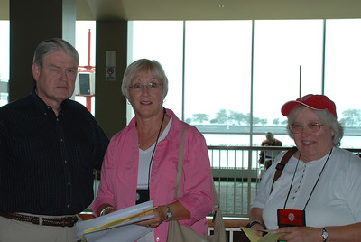 Jim and Diane Ninke with Barbara Moellman, finished with the CWA registration.