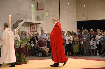 Presiding Bishop Mark S. Hanson during opening worship