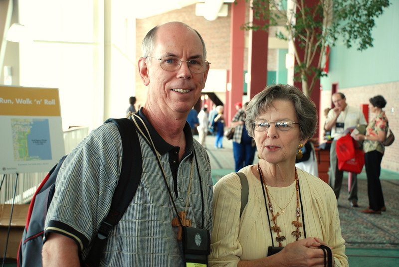 Heber Rast Jr. and Gloria Rast on their way to the 2007 Churchwide Assembly.