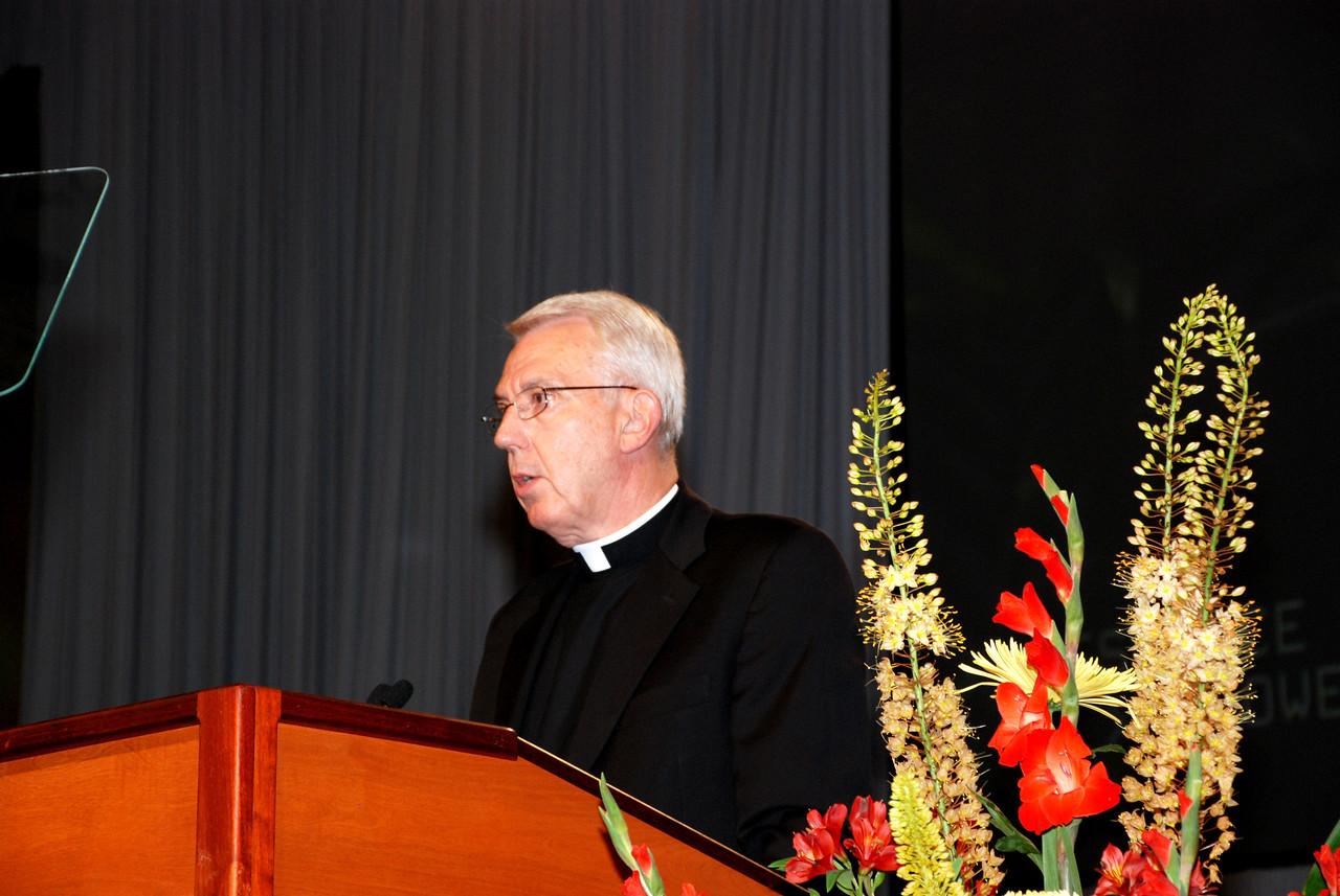 Secretary Lowell Almen of the ELCA, addressing the voting members.