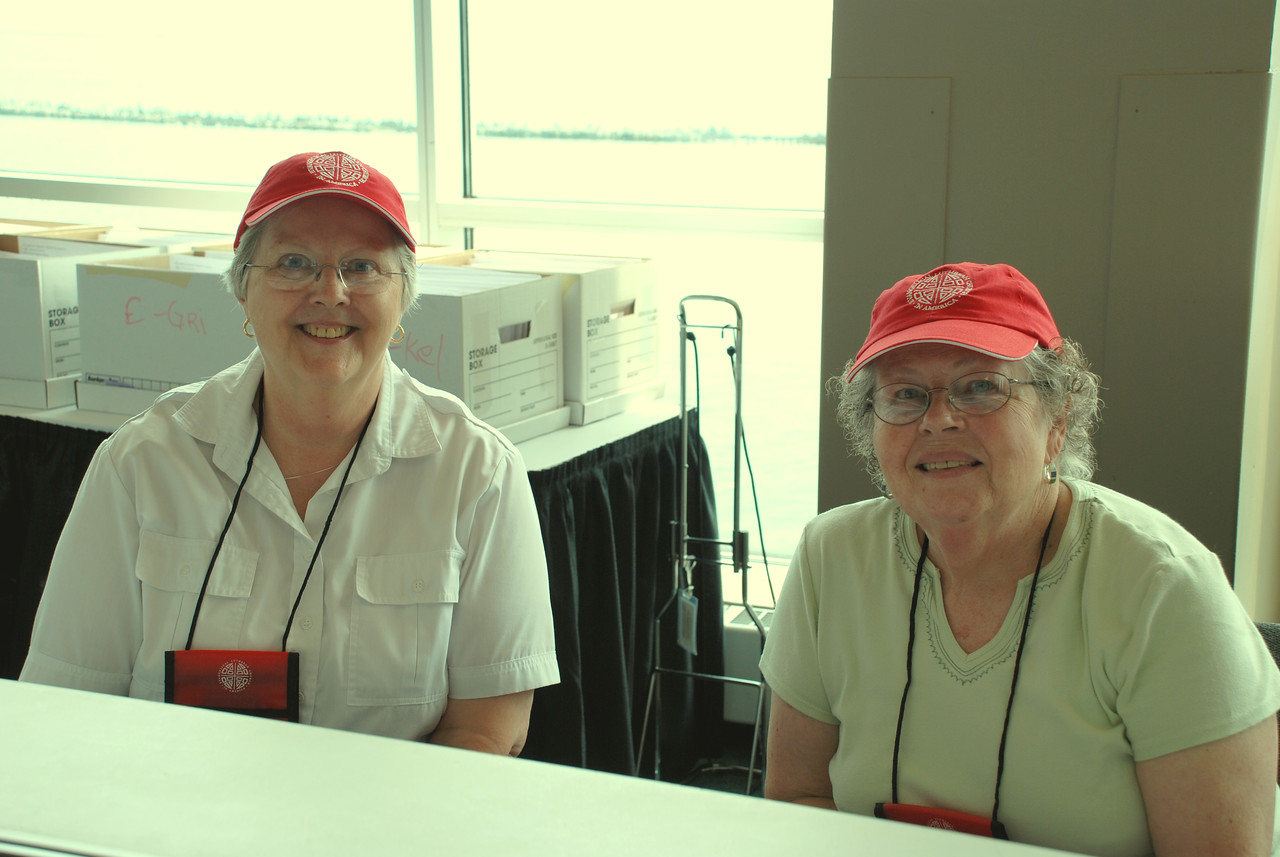 Carol Kaspar and Pr. Vivian Becker helping out at the registration booth.