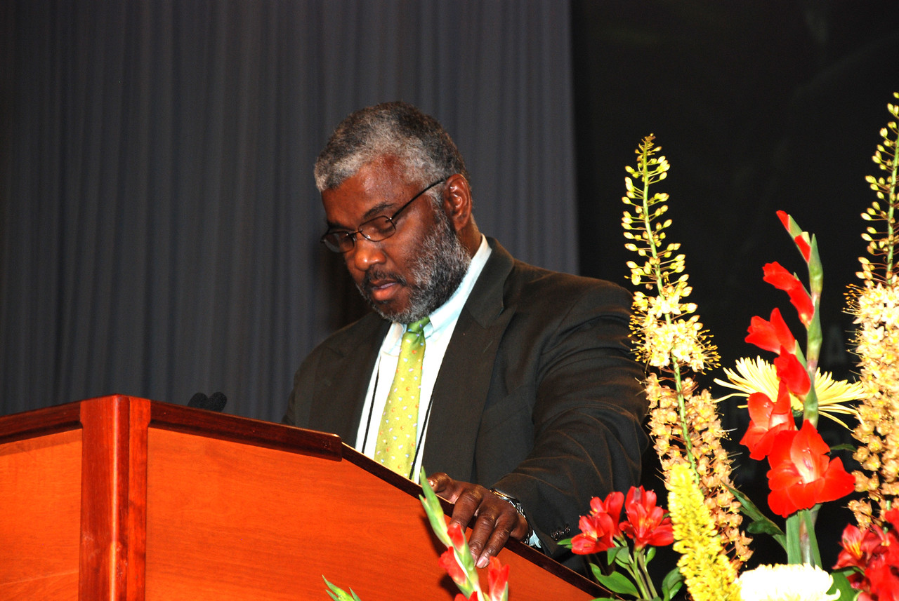 ELCA Church Council member Allan Thomas delivers the closing prayer at the end of plenary session one.