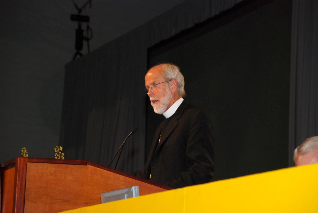 Bishop Hanson addressing the voting Members.