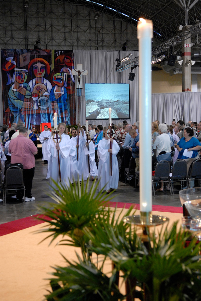 Procession of the 2007 ElCA Churchwide Assembly worship service