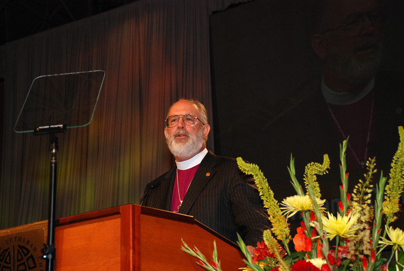 """William """"Chris"""" Boerger addresses the assembly as a nominee before that third ballot for ELCA secretary."""