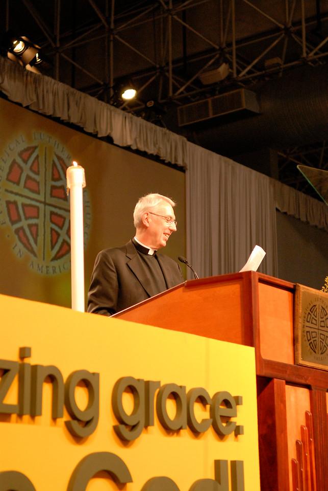 Rev. Lowell Almen
