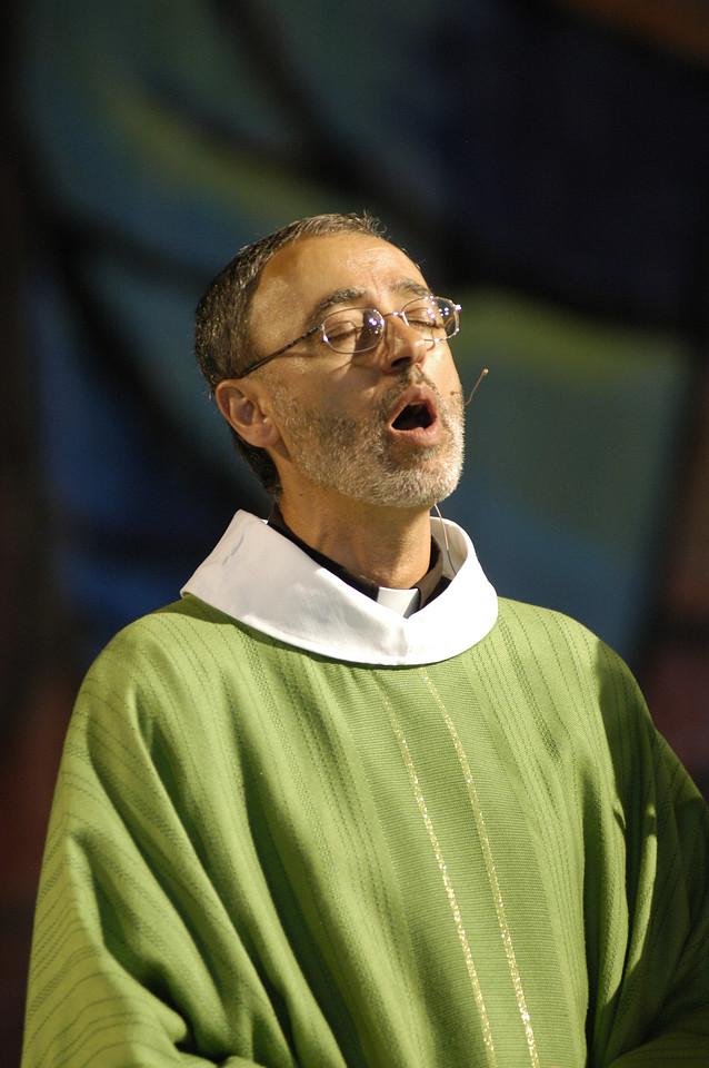 Pastor Said R. Ailabouni of Grace Lutheran Church, La Grange, Illinois, sings during Thursday's worship service.