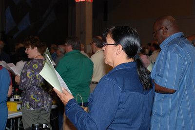 Voting Member during service at Plenary session 4 at Churchwide Assembly.