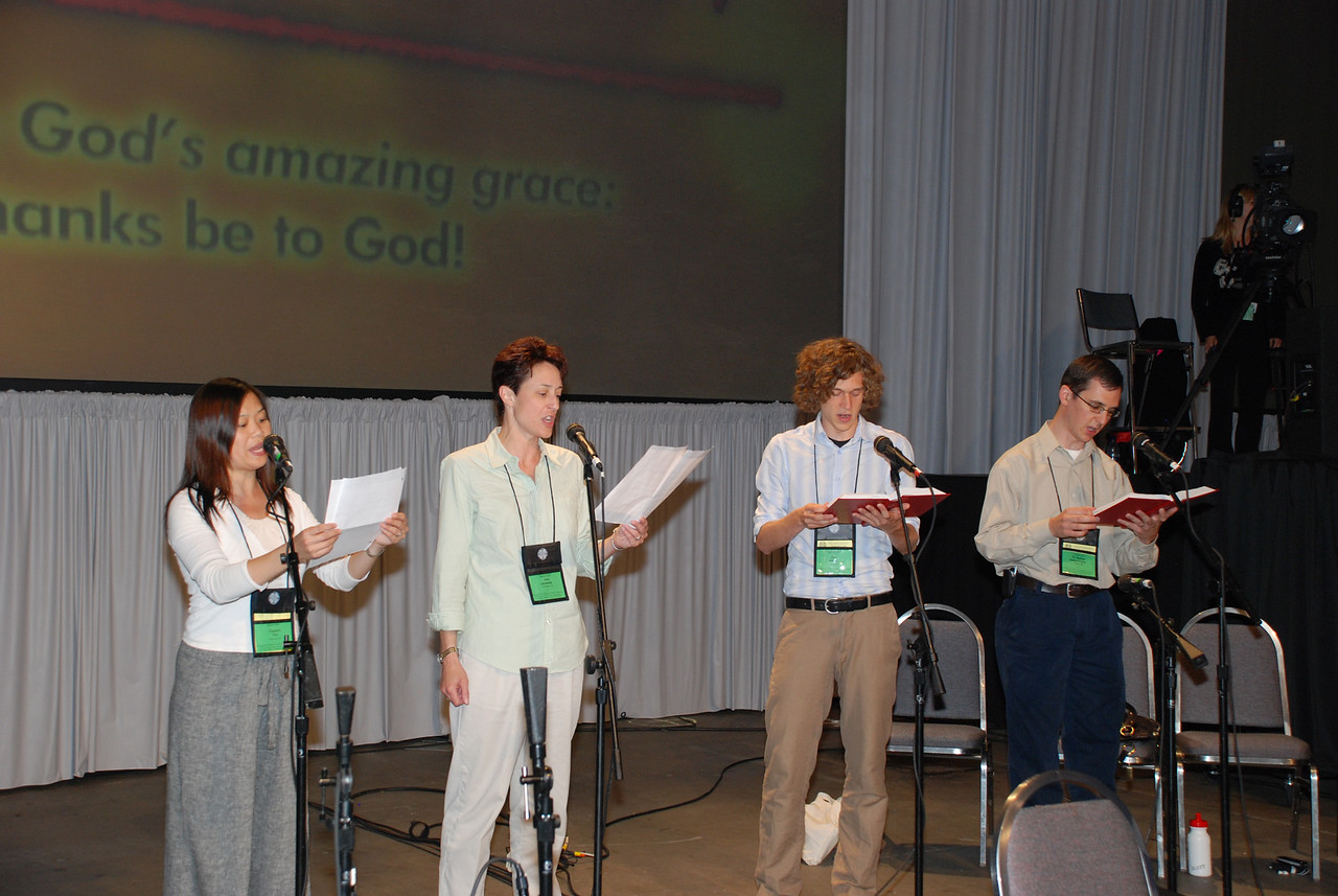 Assembly Choir singing at closing prayer in the Plenary session on Wednesday.