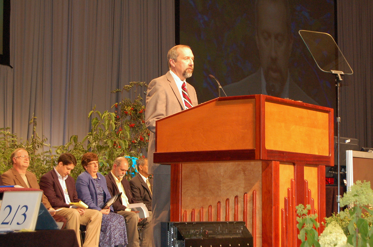 Gary Wipperman, nominee for the office of Vice-President of the Evangelical Lutheran Church in America, speaks during plenary session nine.