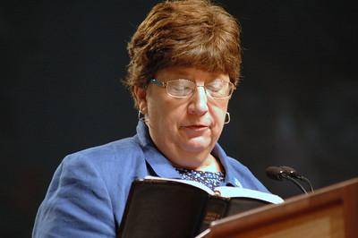 Nanette Dahlke, ELCA Vice President nominee speaks before the assembly.