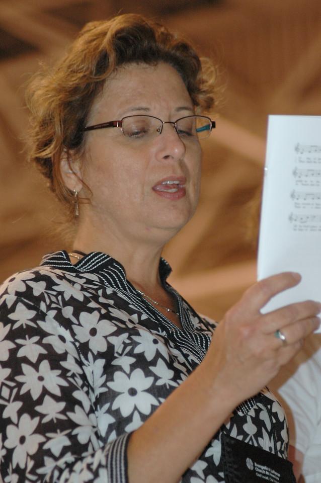 Voting member singing