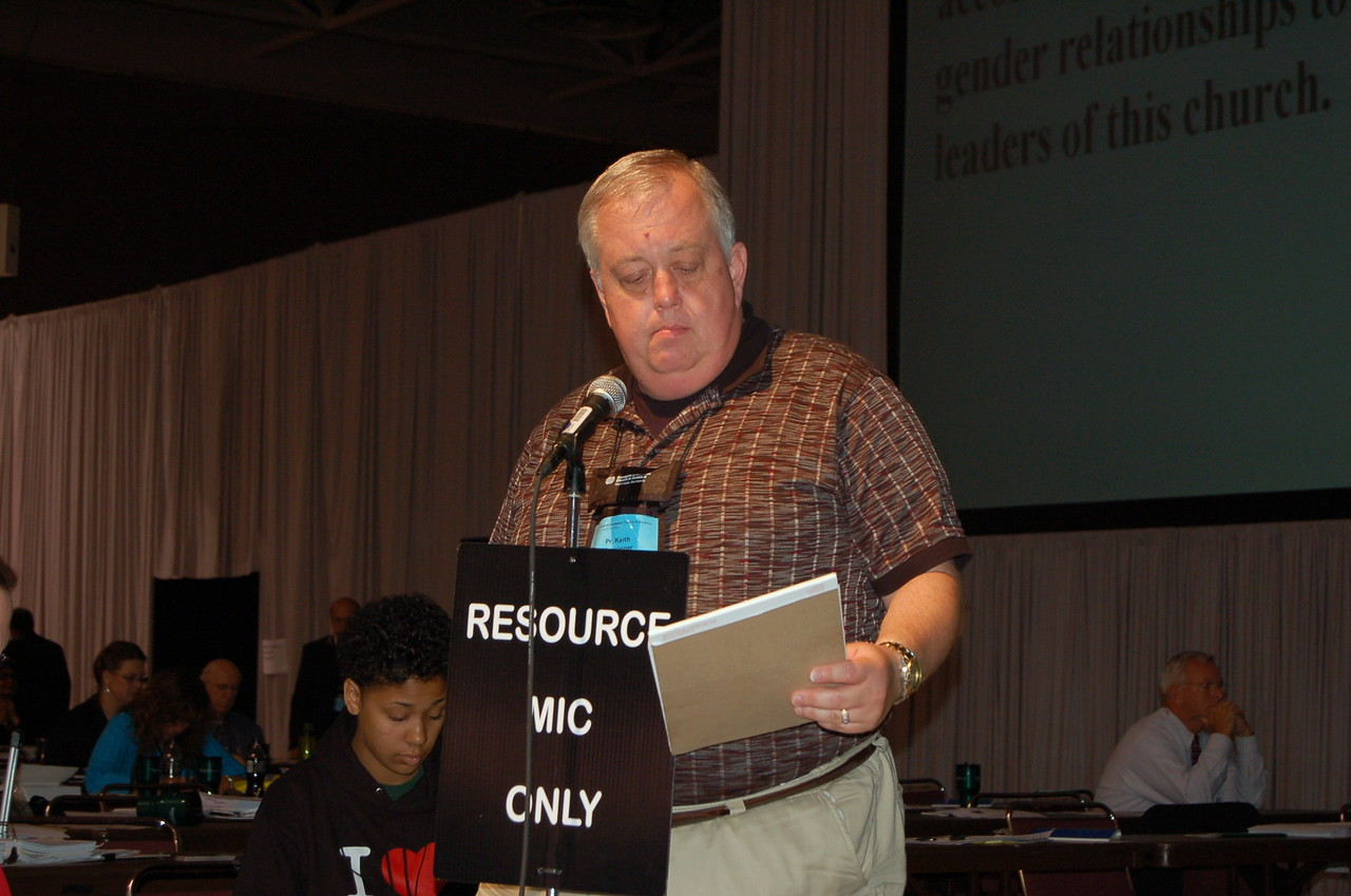 A member of the resource section answering a question.