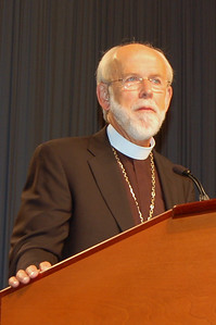 Bishop Hanson listens to voting members during plenary session eight at the 2009 ELCA Churchwide Assembly.
