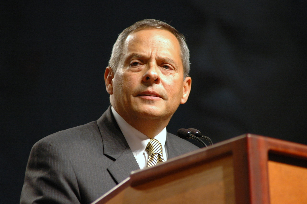 Carlos Peña, ELCA Vice President nominee speaks before the assembly.