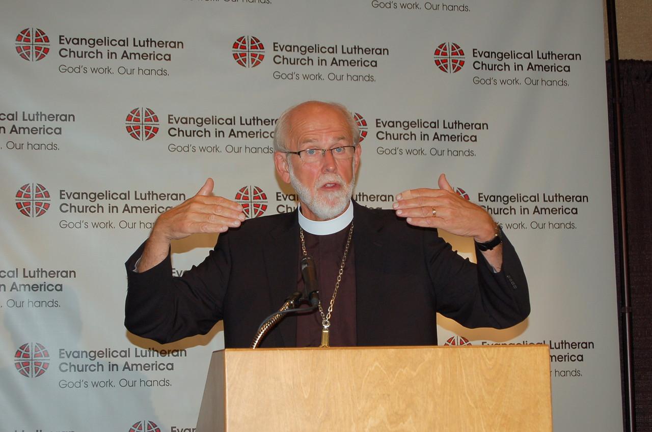 Presiding Bishop Mark S. Hanson enjoying the interaction with the news media.