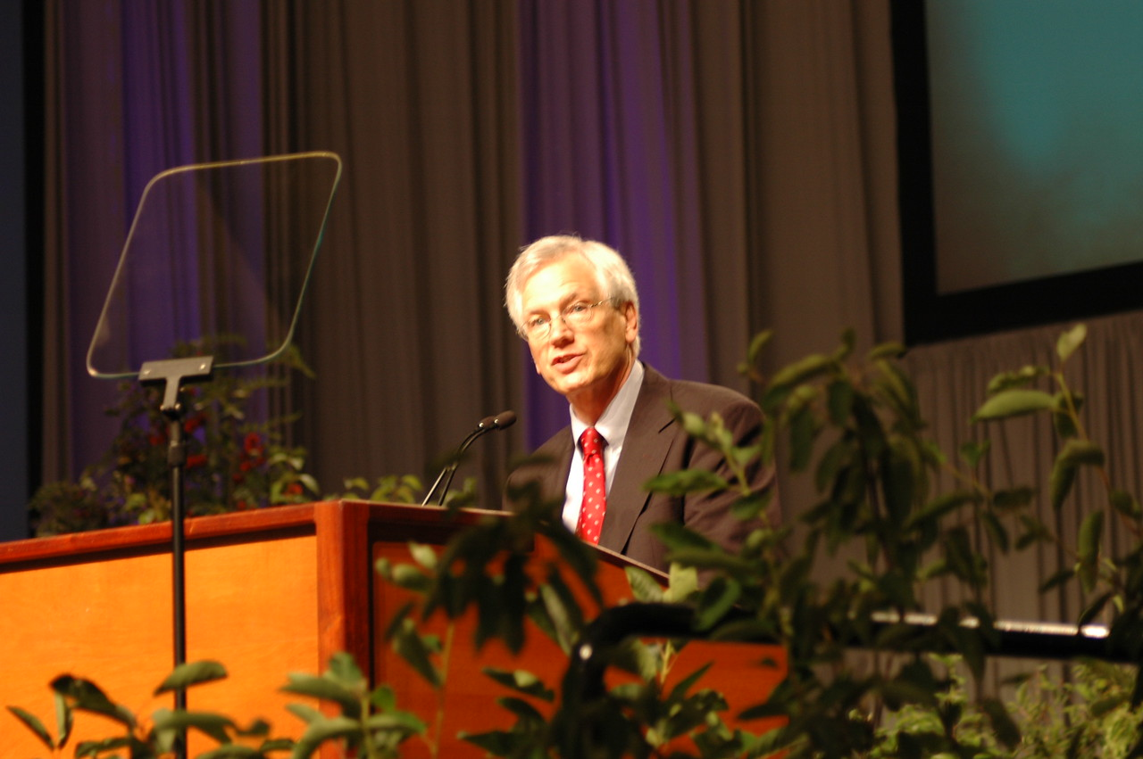 Secretary David Swartling at plenary session one.