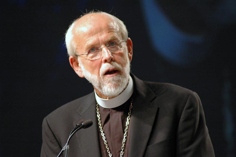 Presiding Bishop Mark S. Hanson responds to the Rev. Gerald Kieshnick during plenary session ten.