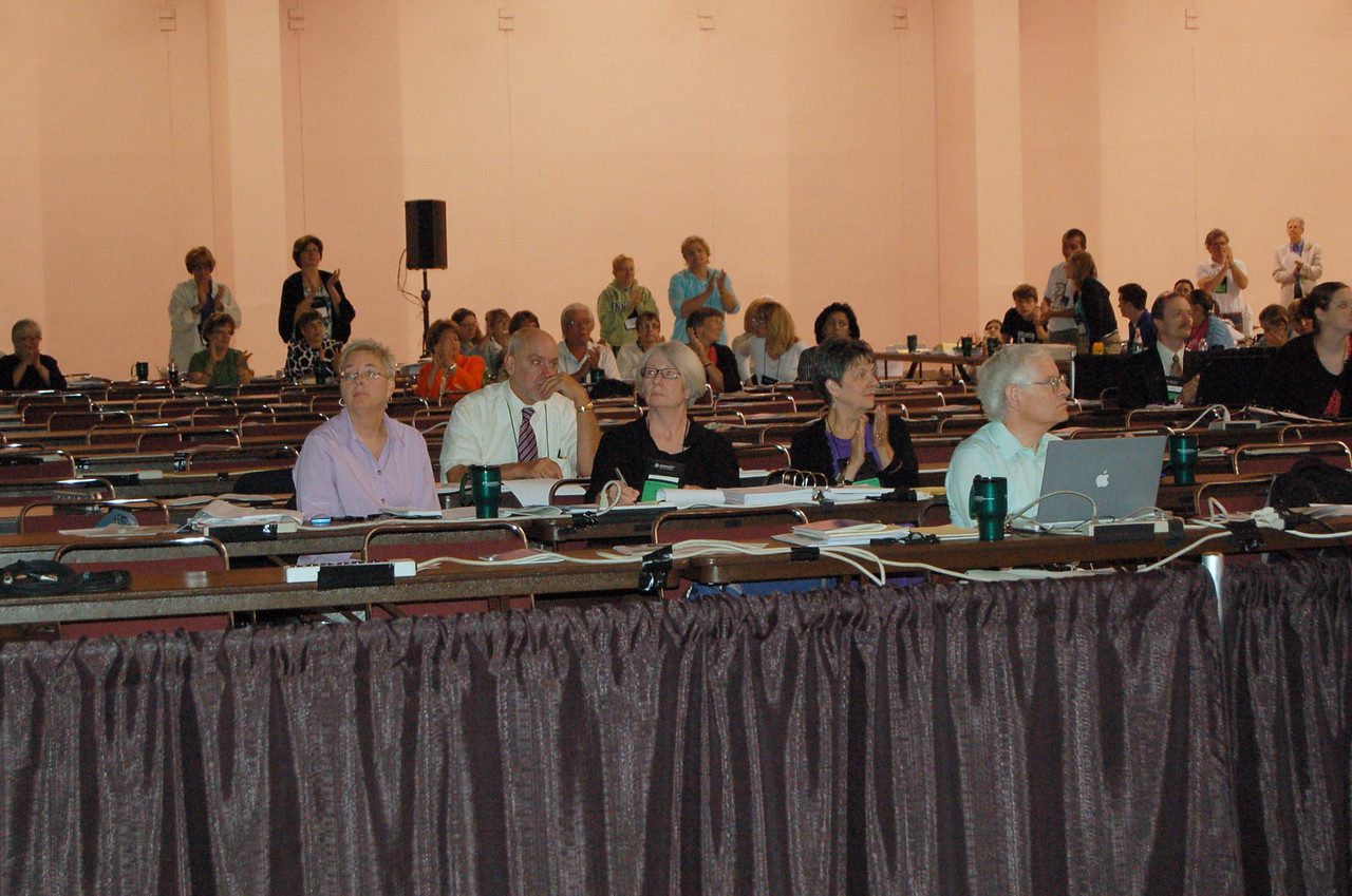 Journalists during lenary session ten.