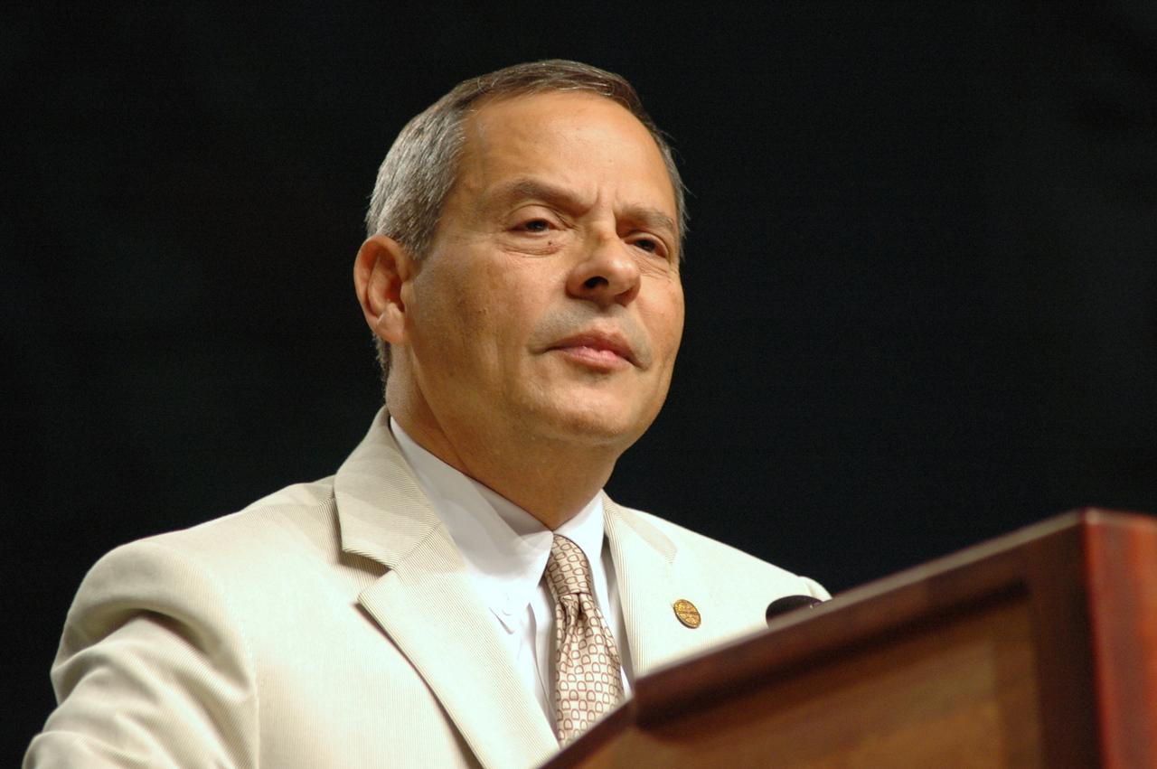 Vice-President Carlos Pena.