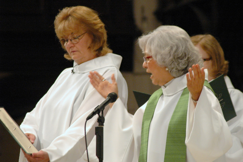 Kris Perry, Diaconal Minister, assisting minister, and the Rev. Sylvia De La Garza, presiding minister.