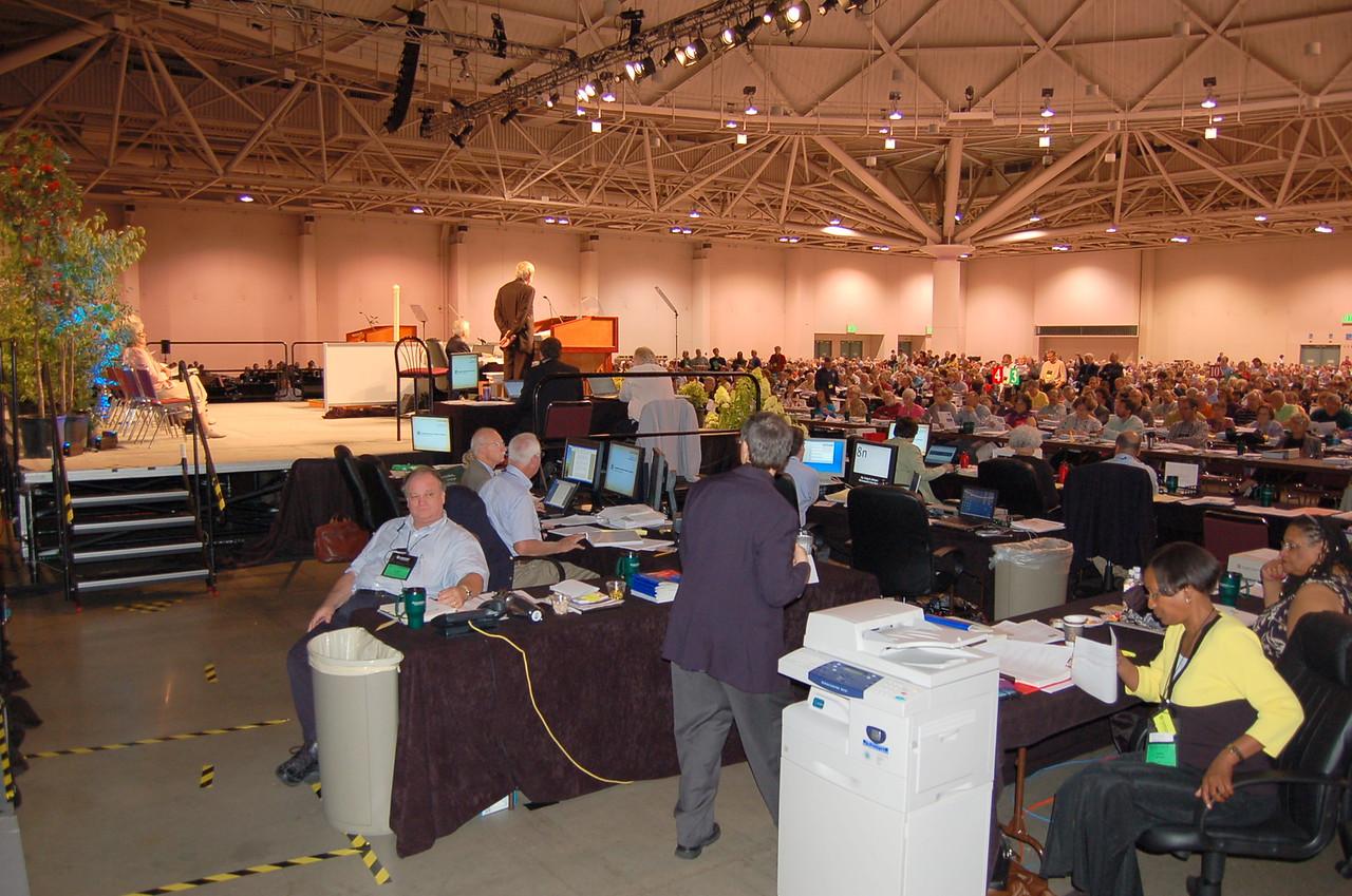 Behind the scenes in plenary.