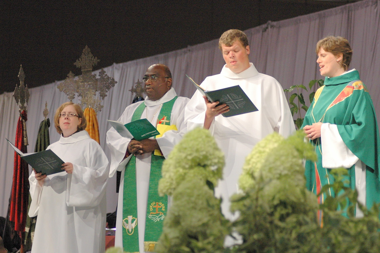Worship leaders for Thursday morning lead the assembly's liturgy.