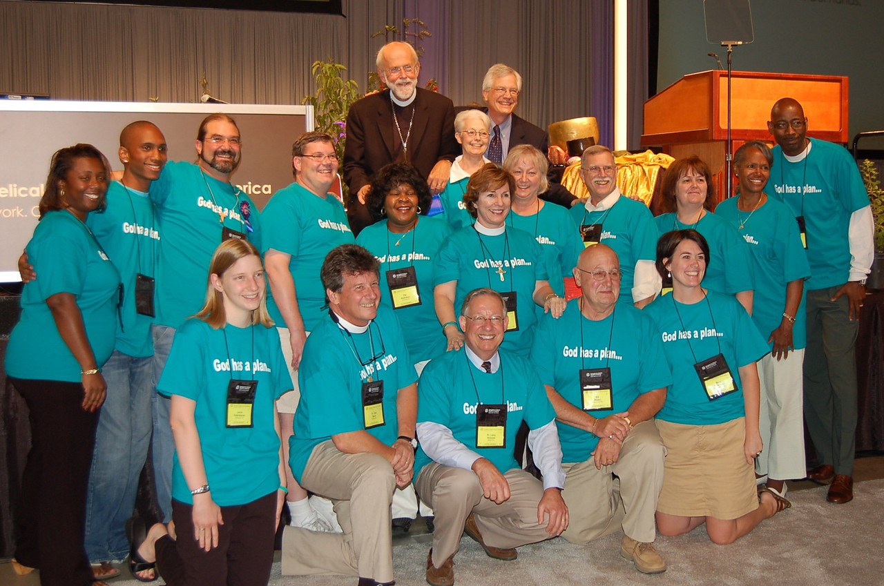 Delegation from the Southeastern Pennsylvania Synod poses with Presiding Bishop Mark Hanson and David Swartling.