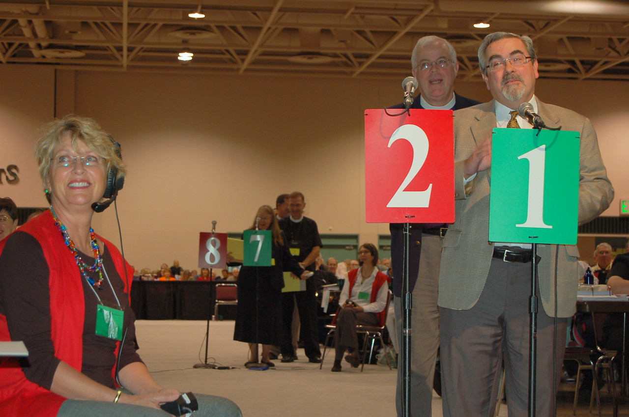 R Guy Erwin, Southwest California Synod, speaks in favor of the Full Communion agreement with the United Methodist Church.